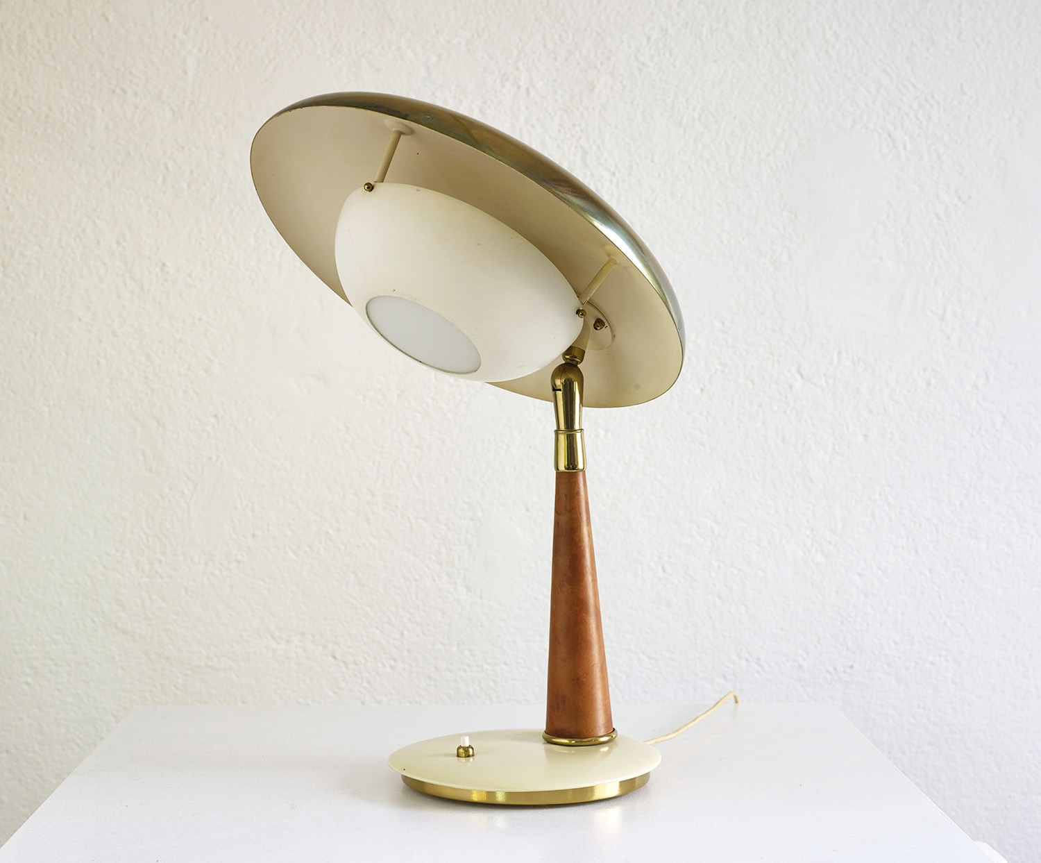 angelo-lelli-table-lamp-image-01