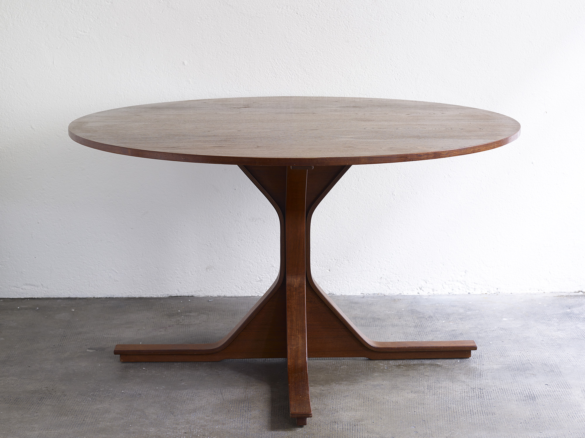 teak-dining-table-model-522-by-gianfranco-frattini-image-01