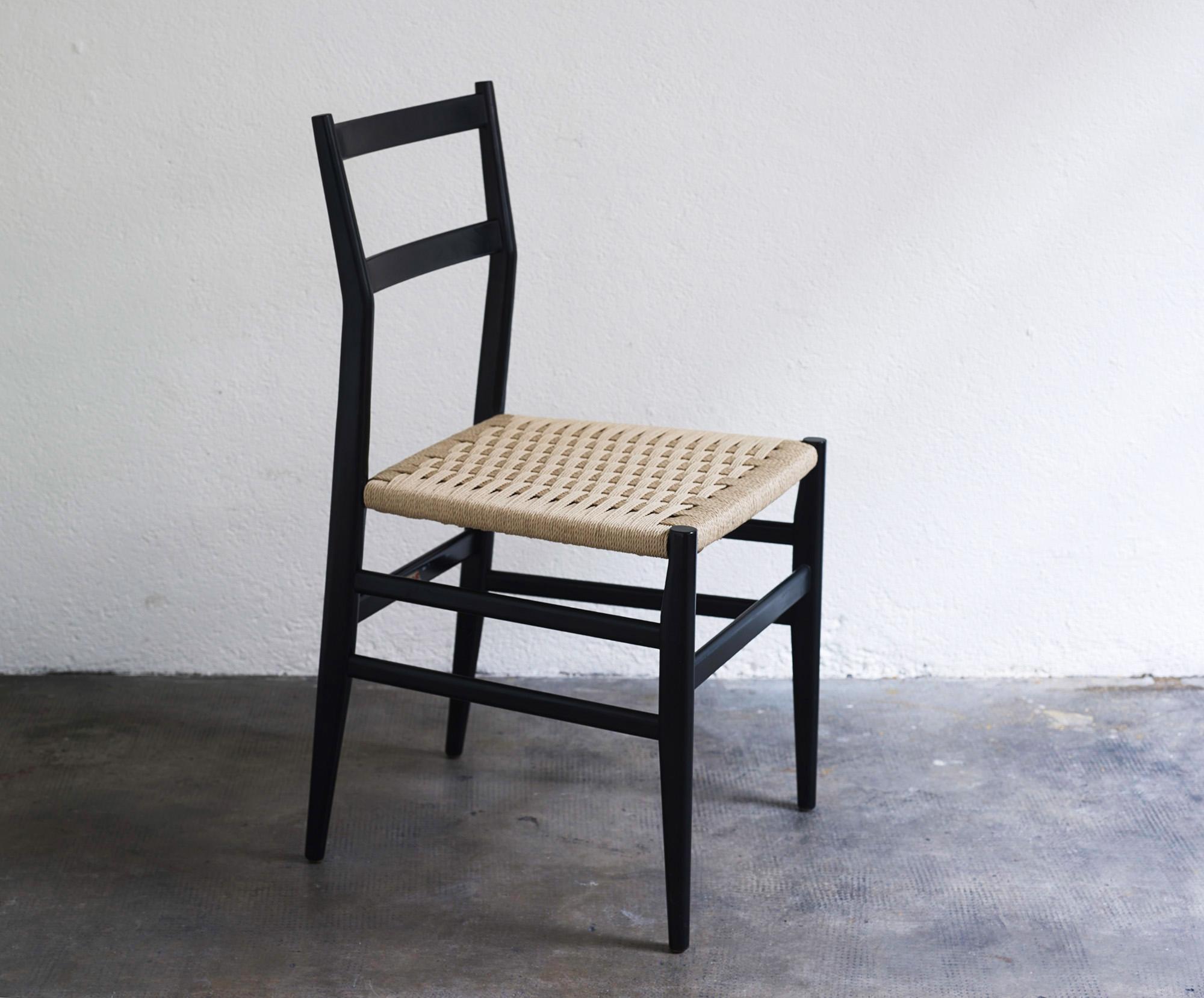 gio-ponti-leggera-chairs-image-02