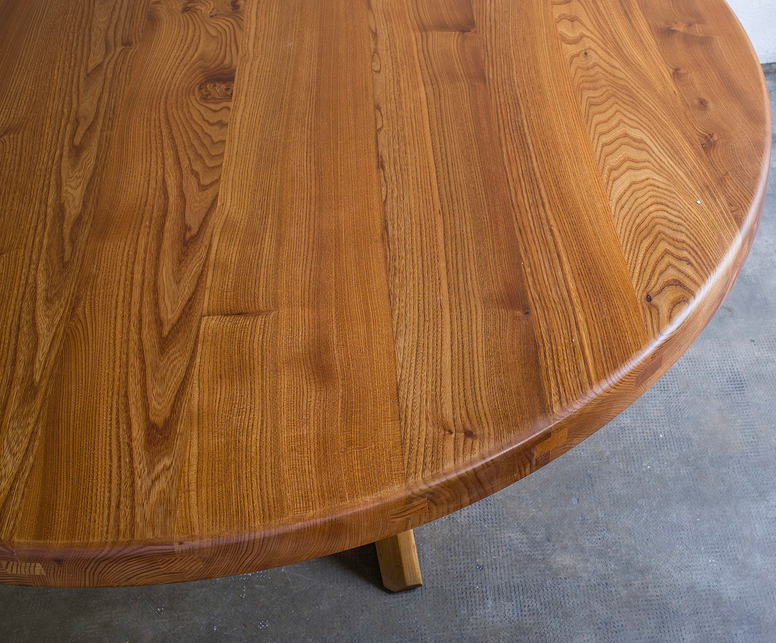 dining-table-t21-by-pierre-chapo-image-03