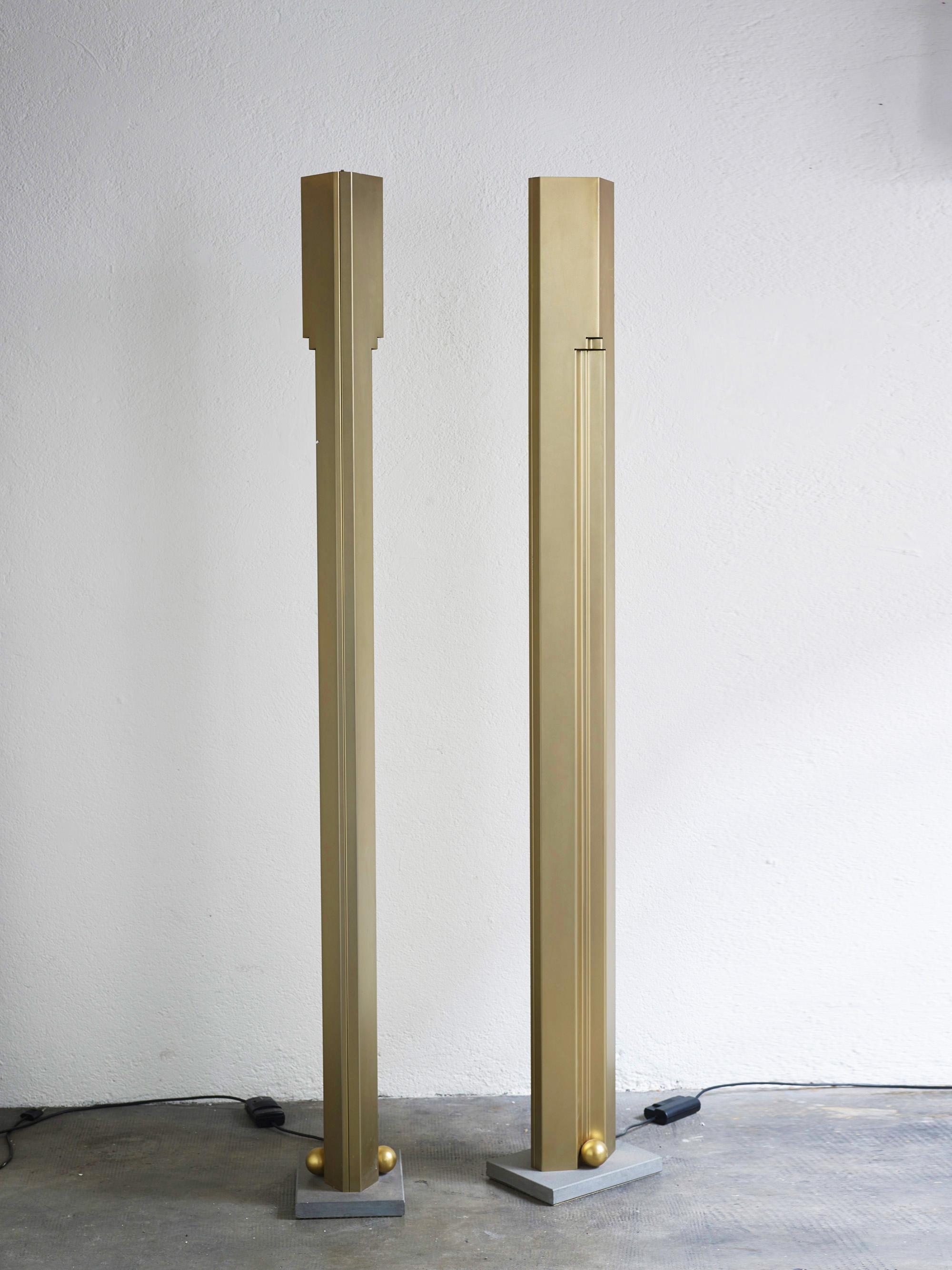 totem-floor-lamp-by-kazuhide-takahama-image-01
