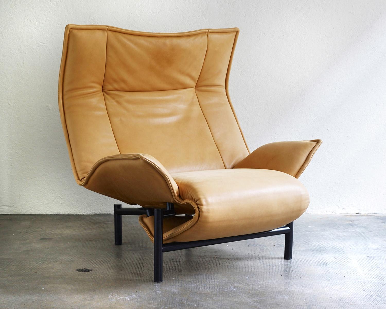 veranda-lounge-chair-by-vico-magistretti-image-01