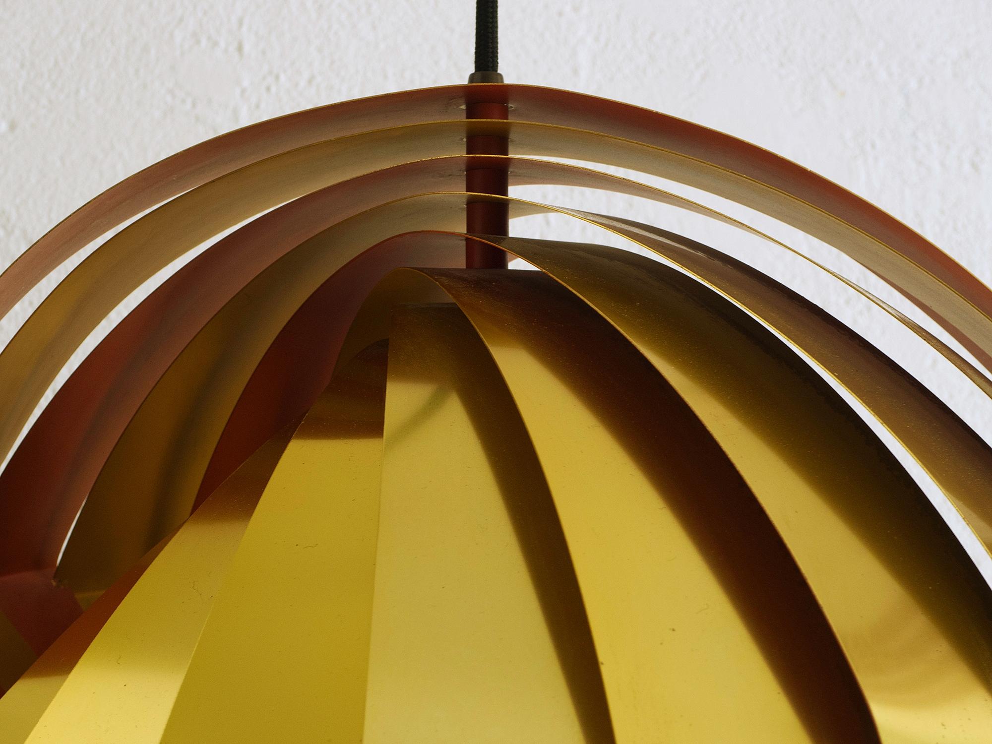 louis-weisdorf-konkilye-pendant-lamp-image-03