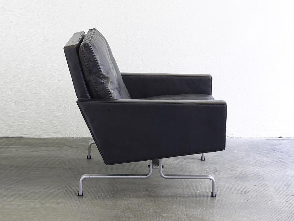 paire-de-fauteuils-pk31-de-poul-kjaerholm-image-03