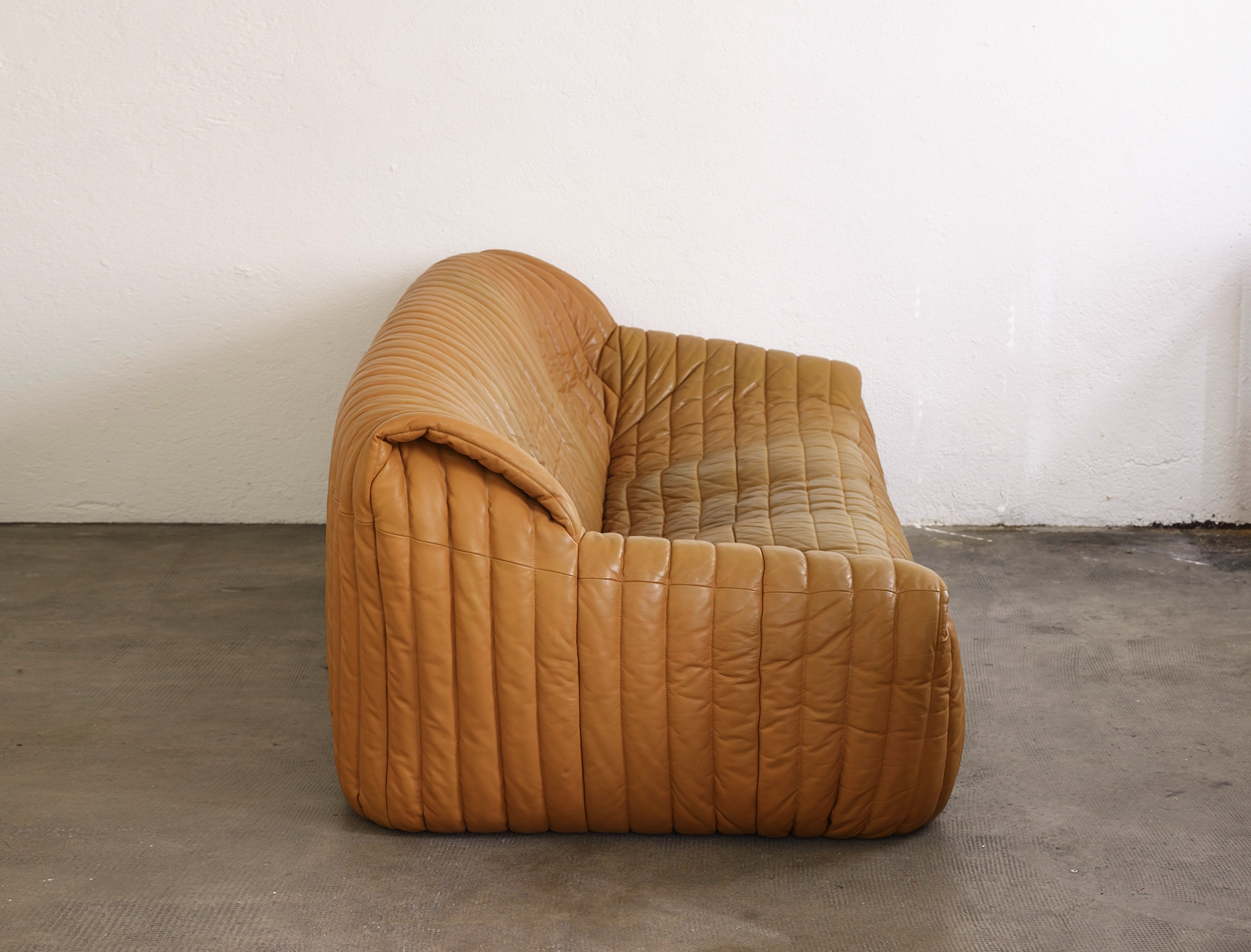 three-seater-sofa-sandra-by-anne-hieronimus-image-02