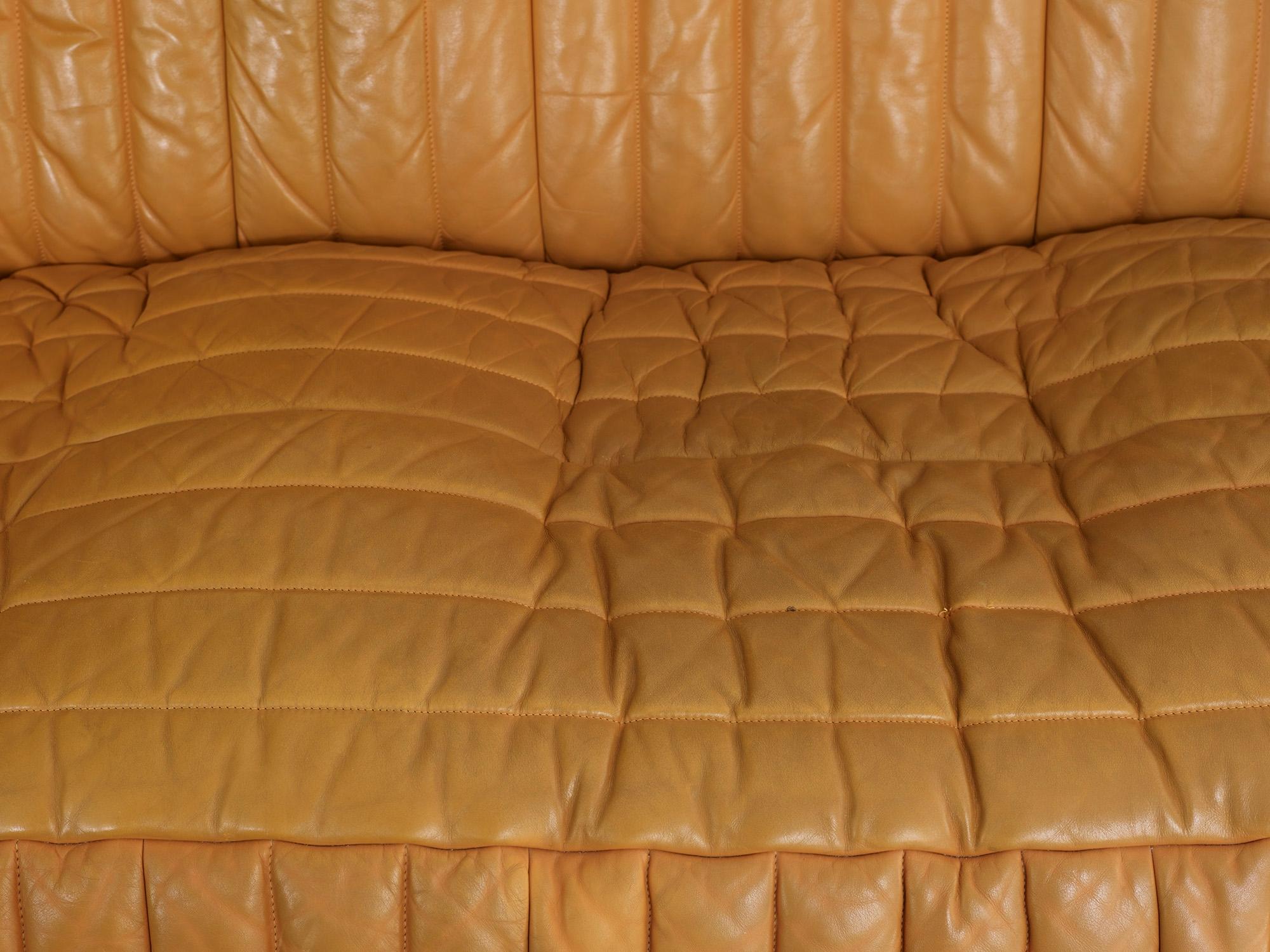 three-seater-sofa-sandra-by-anne-hieronimus-image-05