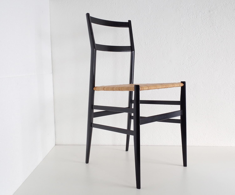 ensemble-de-4-chaises-superleggera-de-gio-ponti-image-02