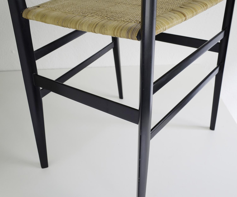 ensemble-de-4-chaises-superleggera-de-gio-ponti-image-08