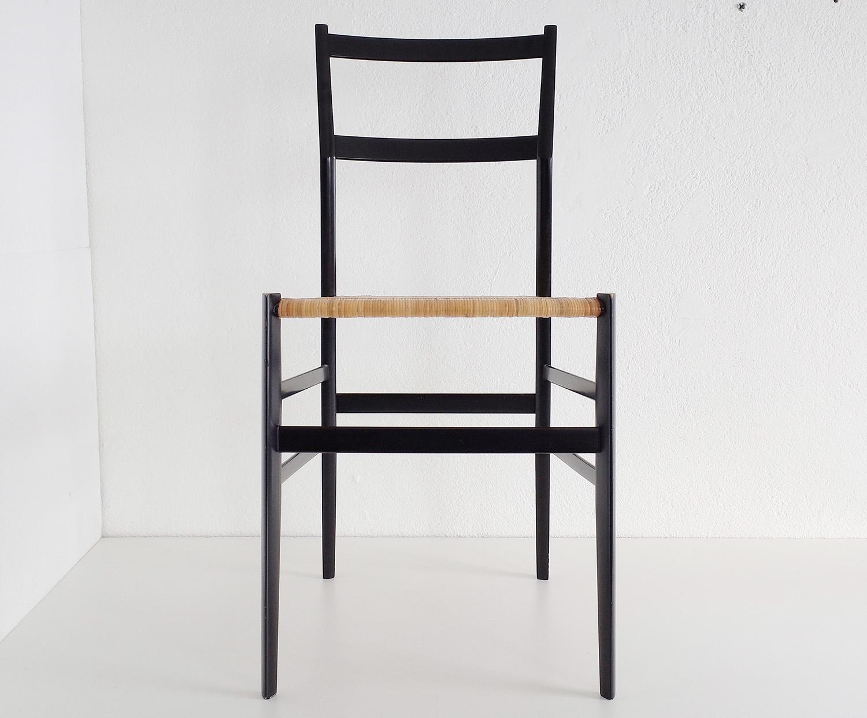 ensemble-de-4-chaises-superleggera-de-gio-ponti-image-03