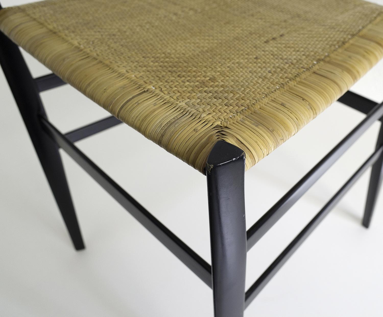 ensemble-de-4-chaises-superleggera-de-gio-ponti-image-09