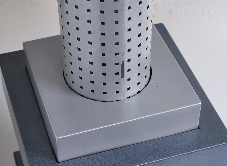 floor-lamp-chicago-tribune-by-matteo-thun-and-andrea-lera-image-02