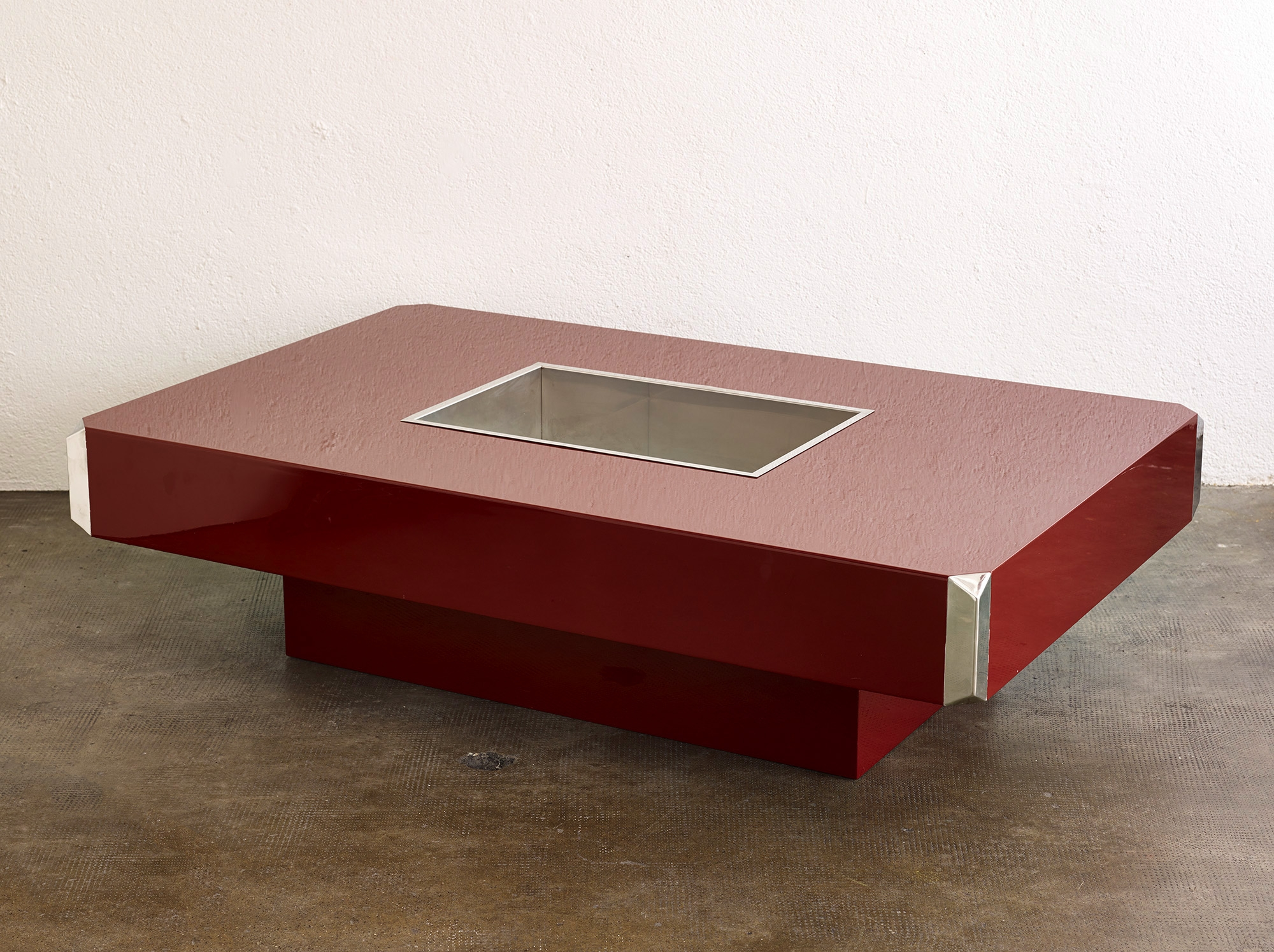 alveo-coffee-table-by-willy-rizzo-image-04