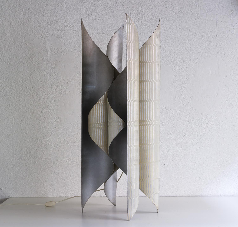 lampe-sculpture-de-lorenzo-burchiellaro-image-01