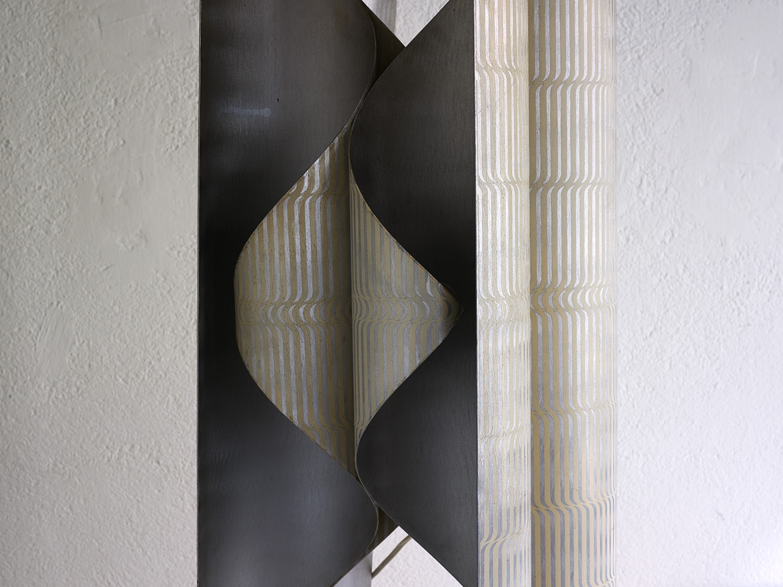 lampe-sculpture-de-lorenzo-burchiellaro-image-03