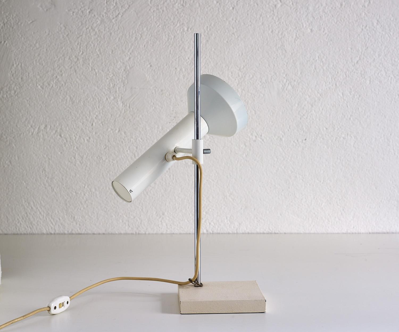 lampe-de-table-dans-le-style-de-baltensweiler-image-01