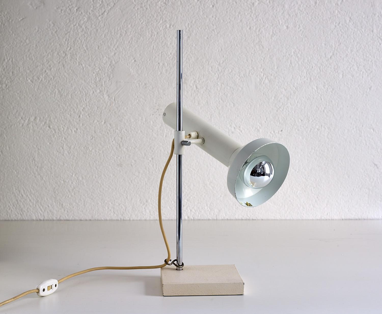 lampe-de-table-dans-le-style-de-baltensweiler-image-02