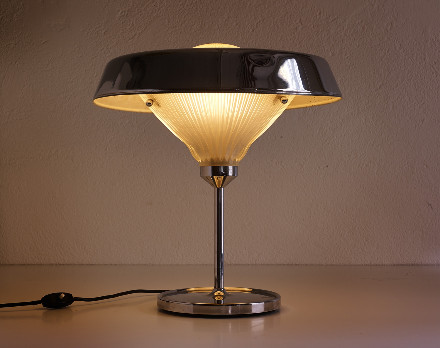 lampe-table-ro-bbpr-image-01