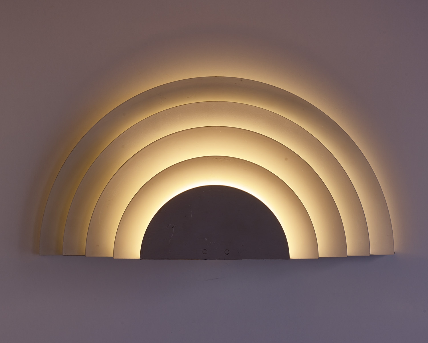 wall-lights-meander-by-cesare-casati-and-emanuele-ponzio-image-03
