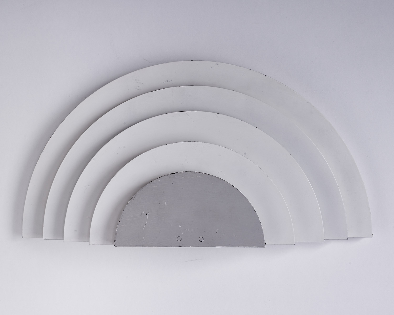 wall-lights-meander-by-cesare-casati-and-emanuele-ponzio-image-04