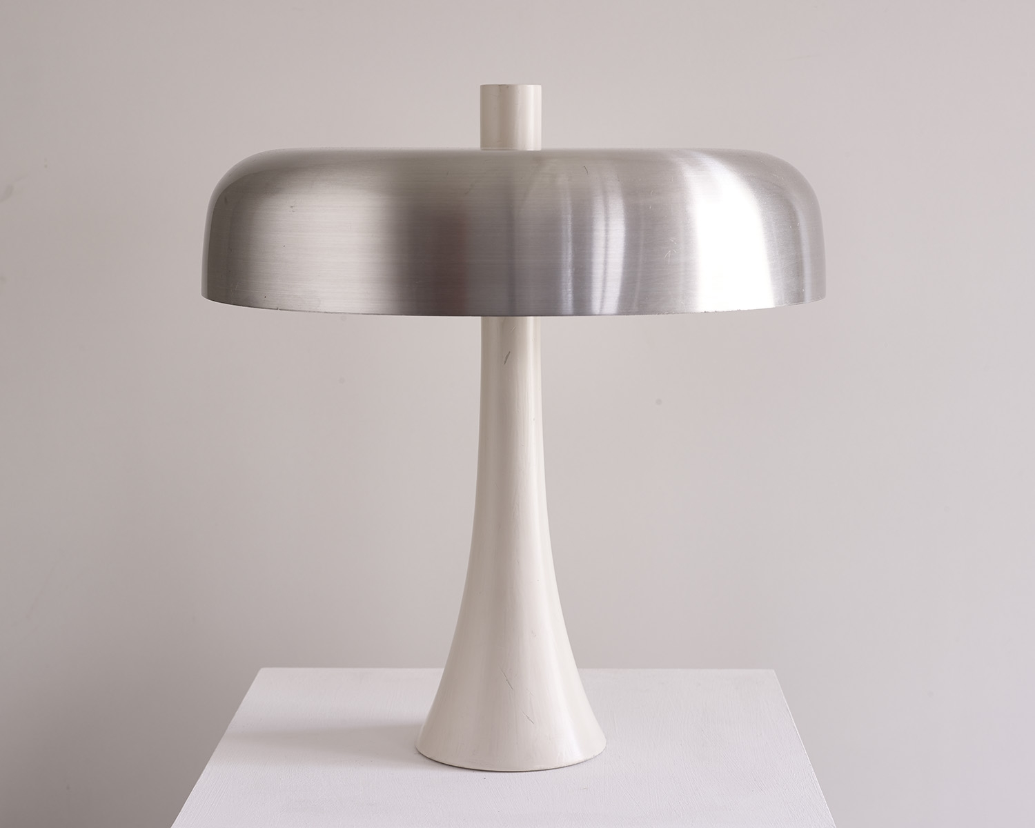 chrome-table-lamp-1970-image-01