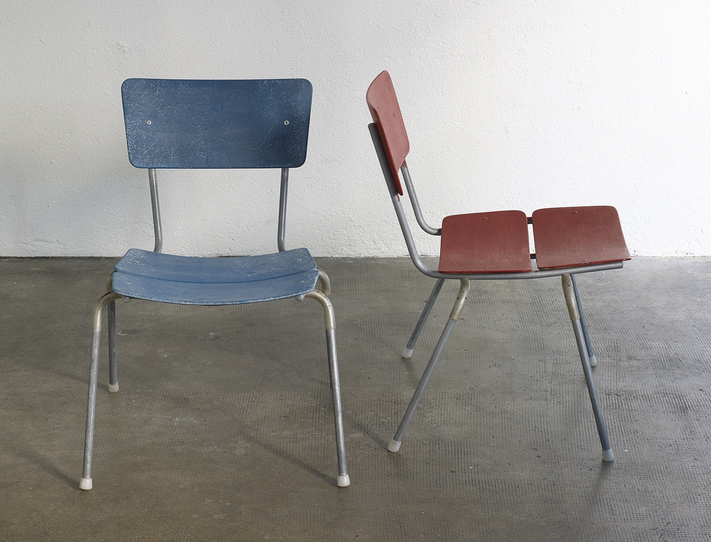 chaises-he-52-de-hans-eichenberger-image-01