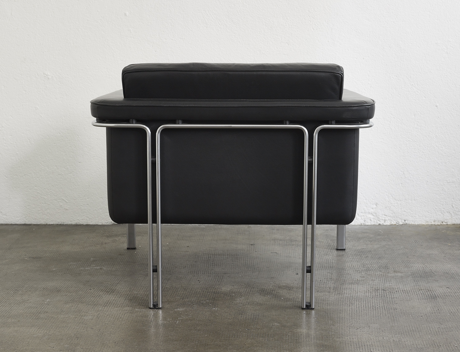 leather-easy-chair-by-horst-bruning-1960-image-04