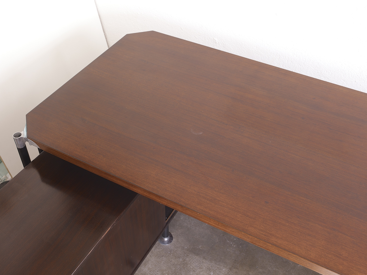 rosewood-desk-by-ico-parisi-for-mim-italia-image-05