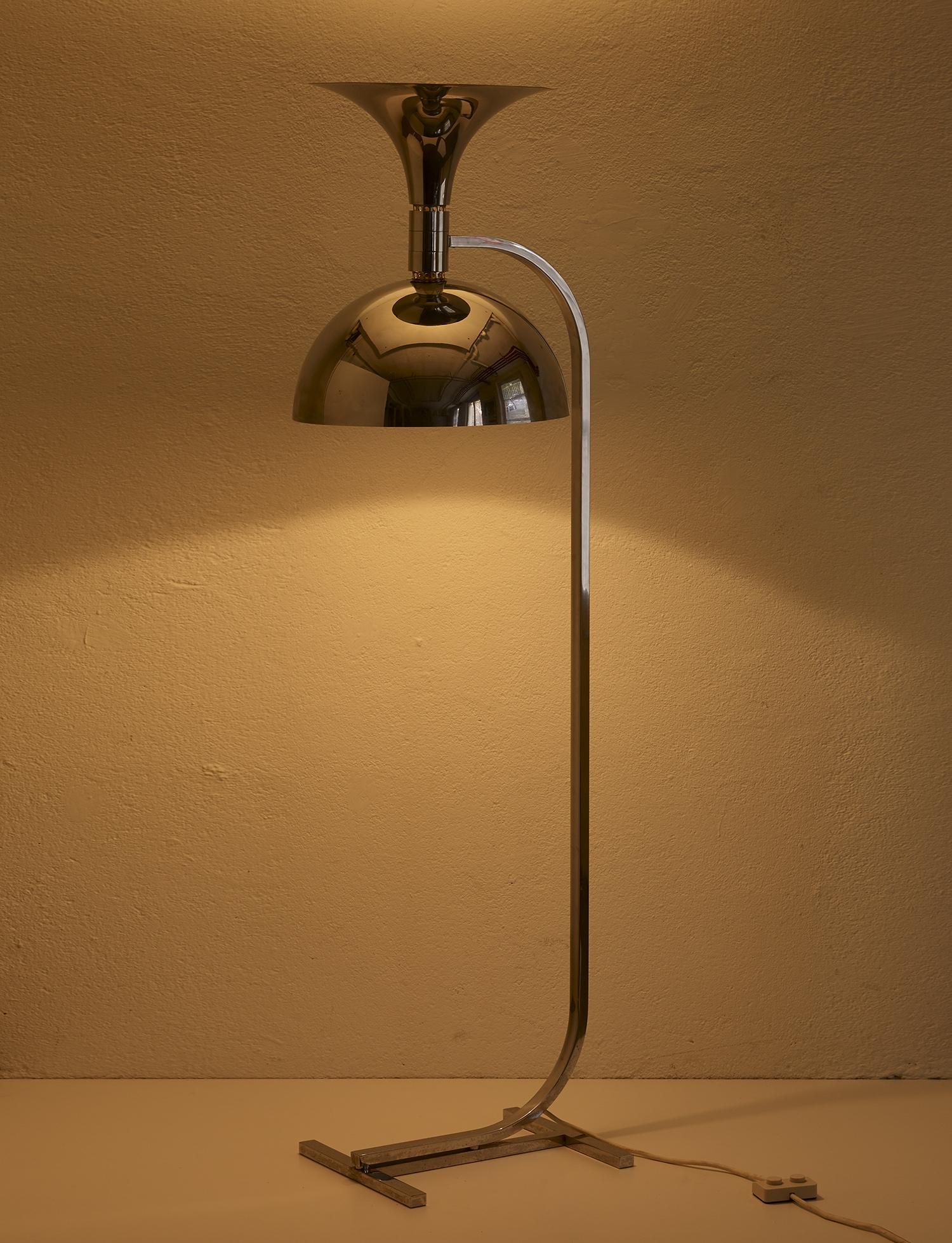 lampe-de-sol-de-franca-helg-et-franco-albini-1969-image-01