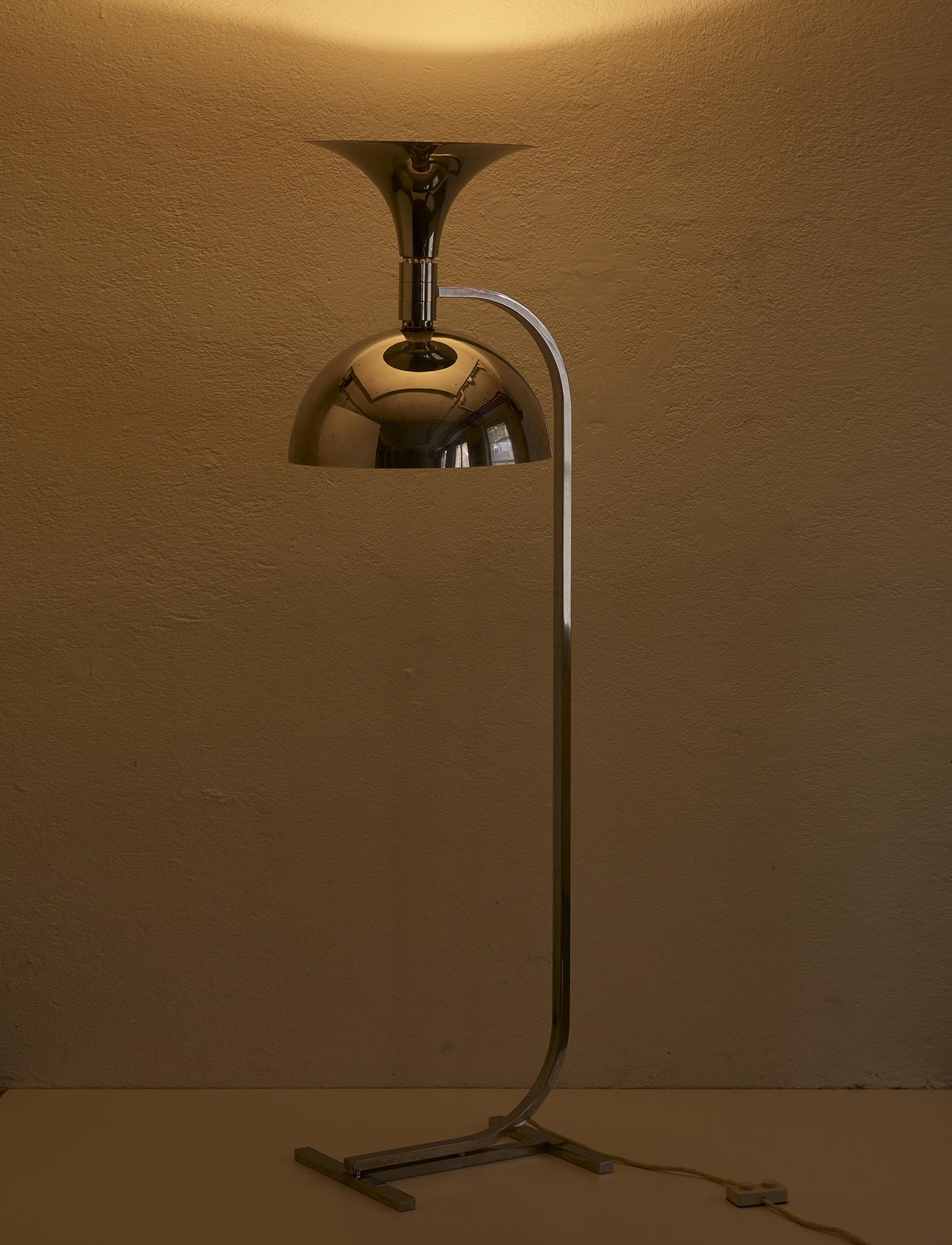 lampe-de-sol-de-franca-helg-et-franco-albini-1969-image-02