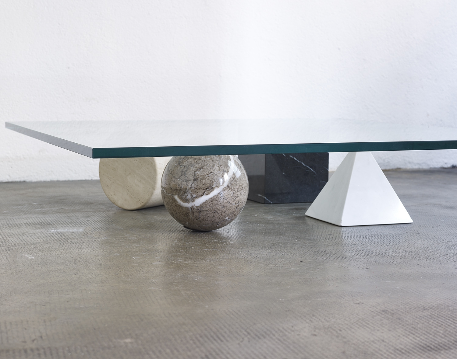 metafora-1-low-table-by-lella-and-massimo-vignelli-for-casigliani-image-04
