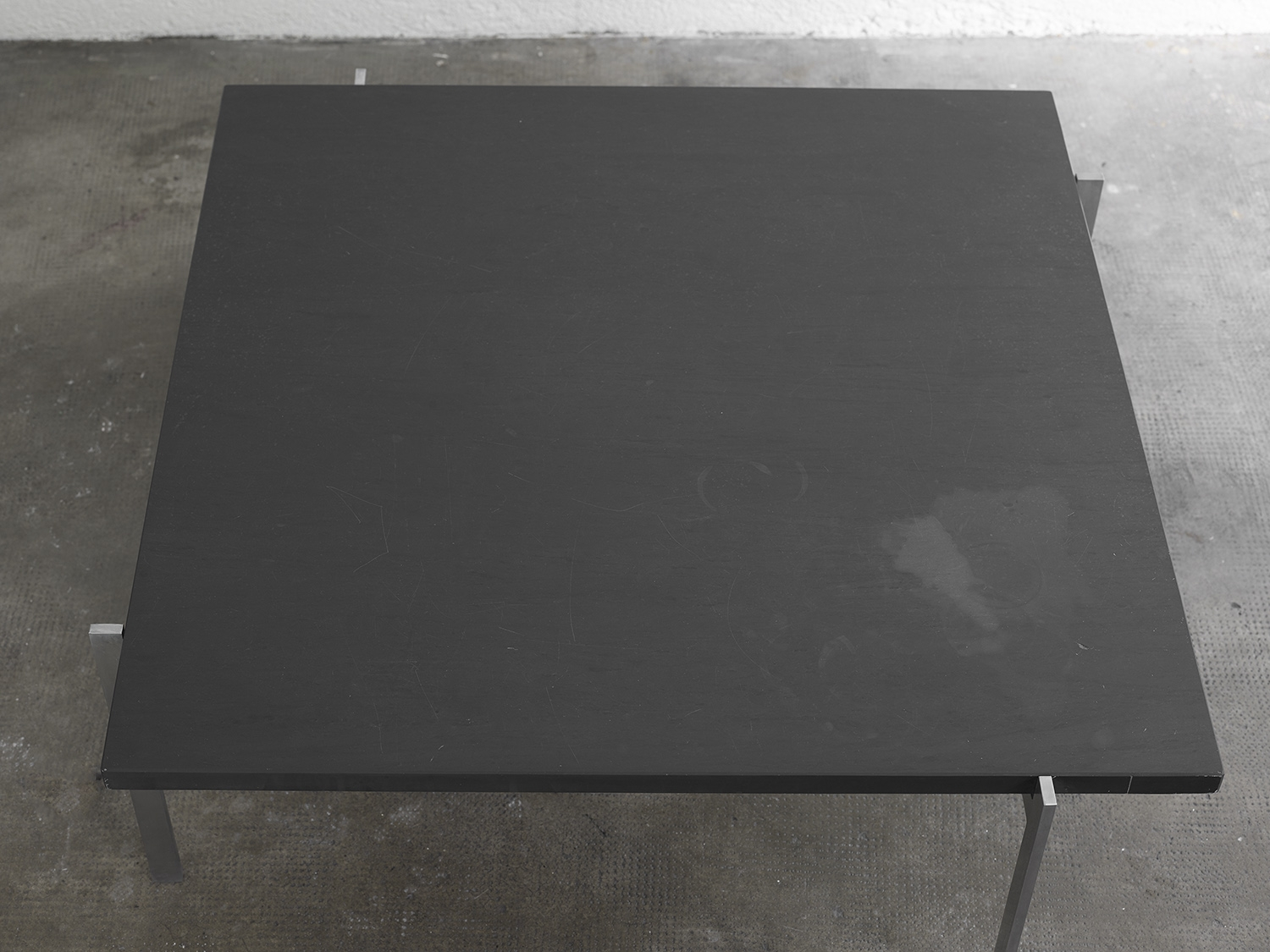 pk61-slate-coffee-table-by-poul-kjaerholm-image-04