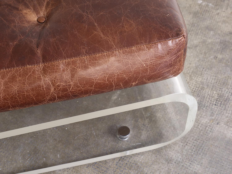 fauteuil-plexiglas-de-jacques-charpentier-1970-image-04