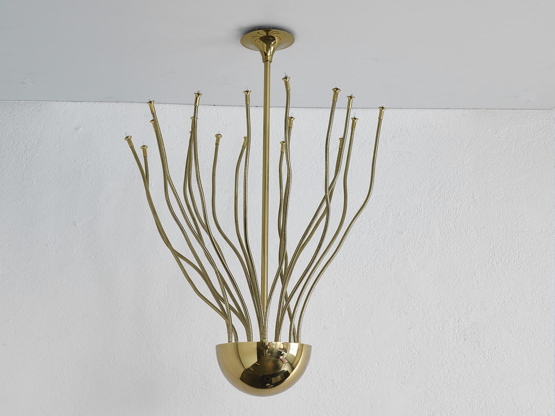 grande-suspension-en-laiton-de-florian-schulz-image-02