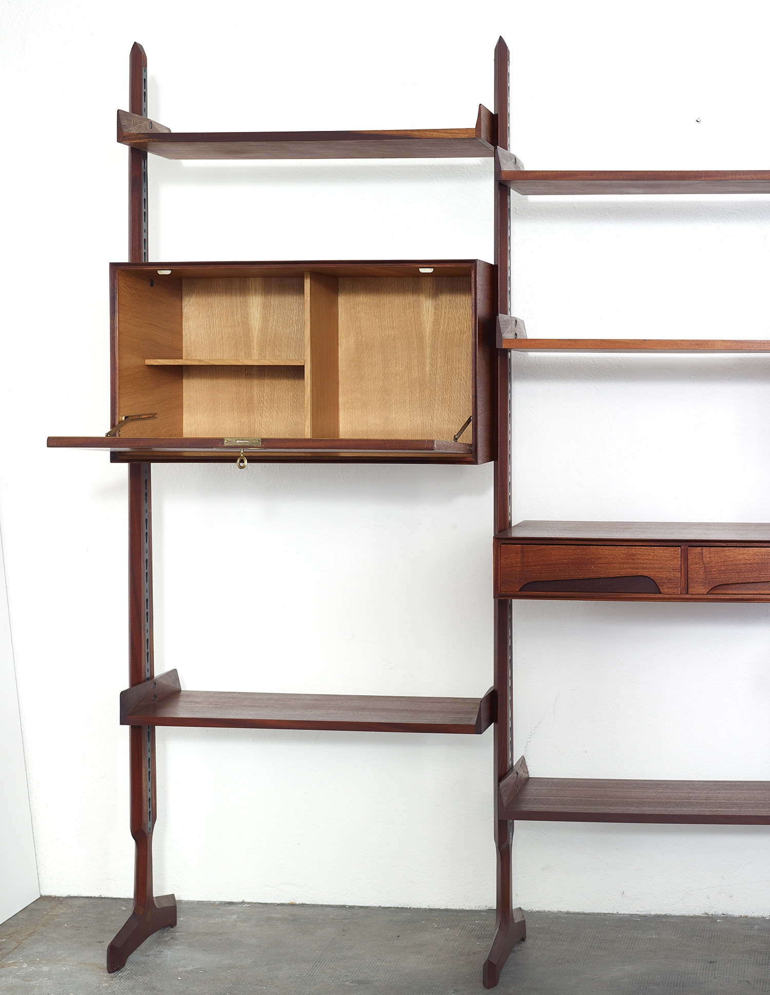modular-teak-library-by-edmondo-palutari-for-dassi-italy-1959-image-04