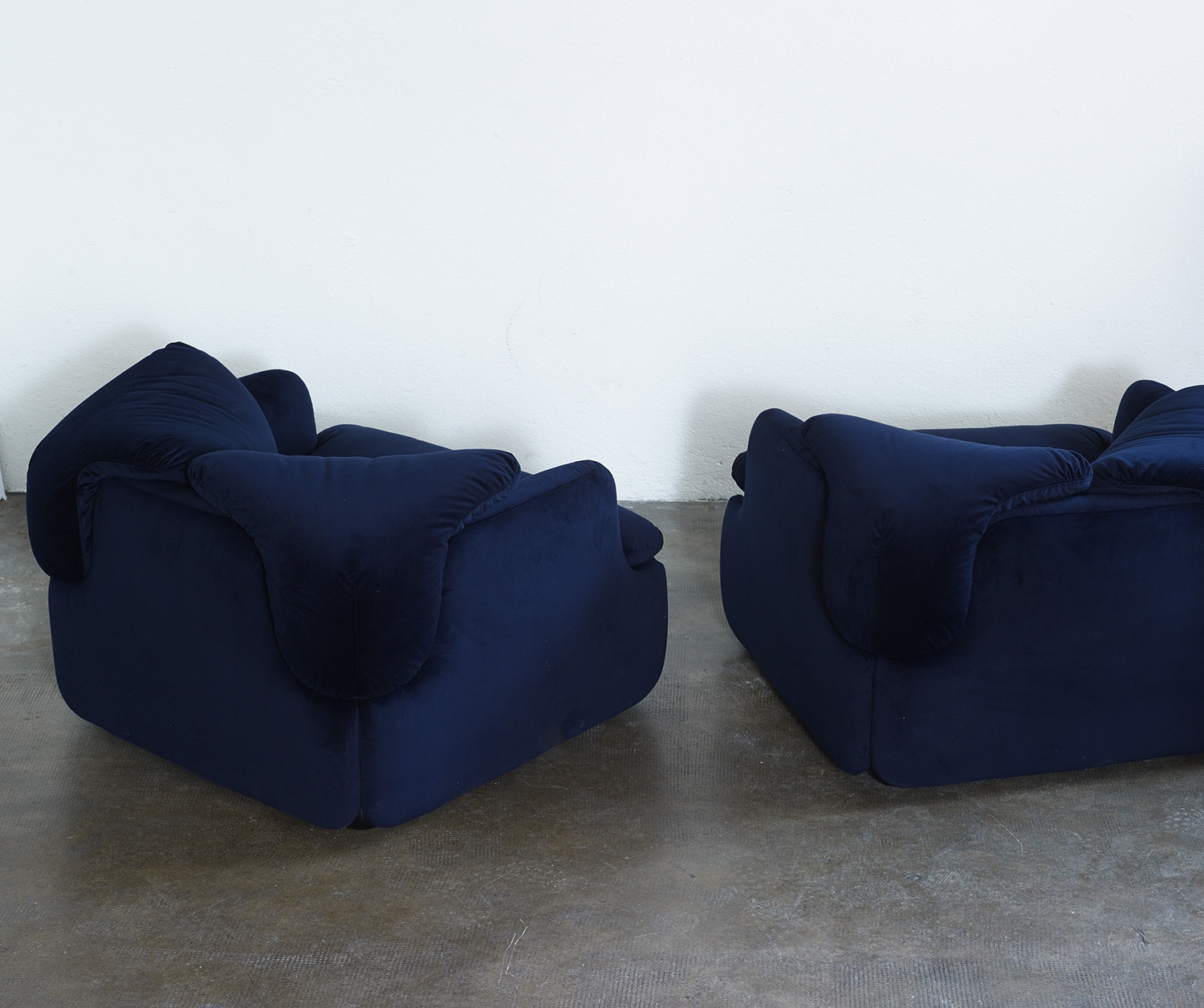 pair-of-confidential-lounge-chairs-by-alberto-rosselli-for-saporiti-1972-image-05