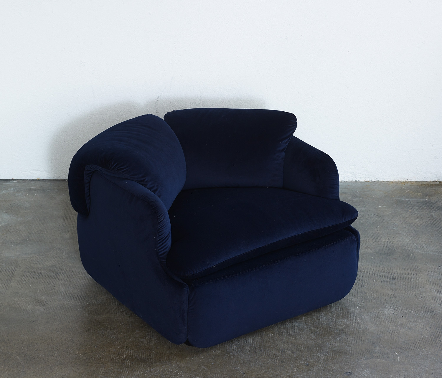 pair-of-confidential-lounge-chairs-by-alberto-rosselli-for-saporiti-1972-image-03