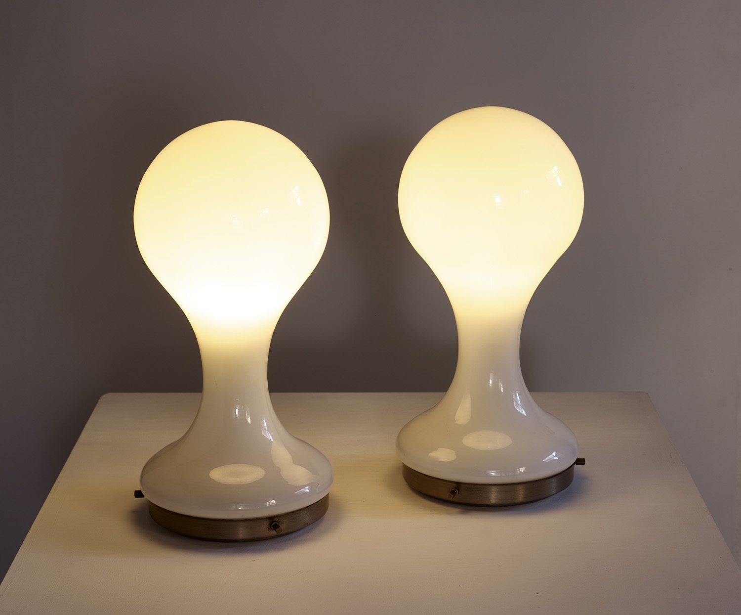 pair-of-table-lamps-by-mazzega-1960-image-01