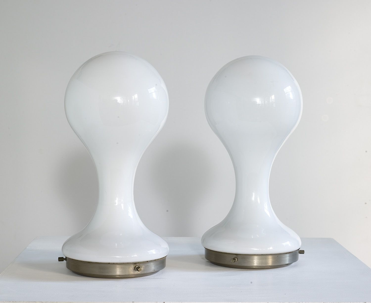 pair-of-table-lamps-by-mazzega-1960-image-03