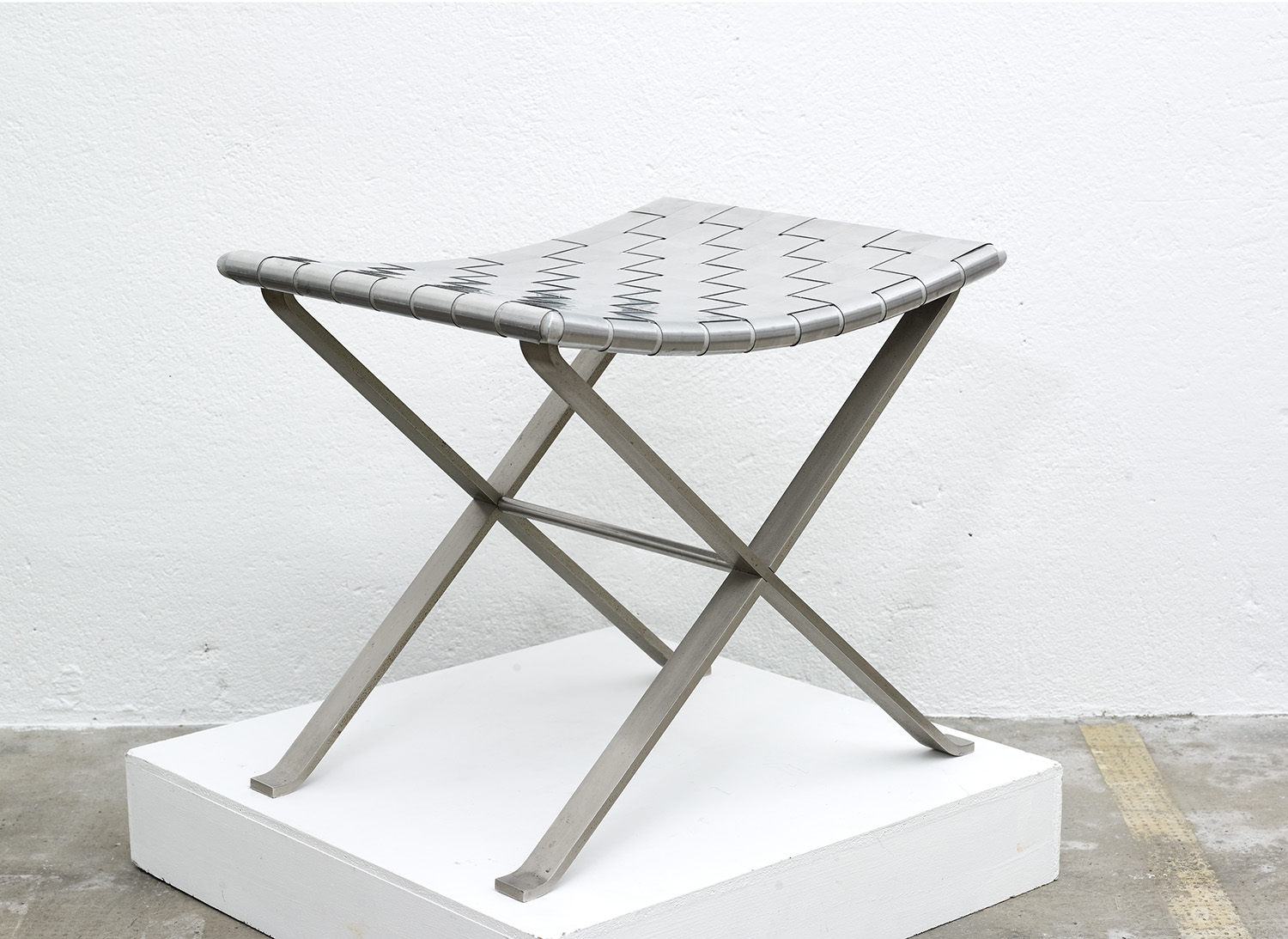stool-in-stainless-steel-by-michel-pigneres-1970-image-02