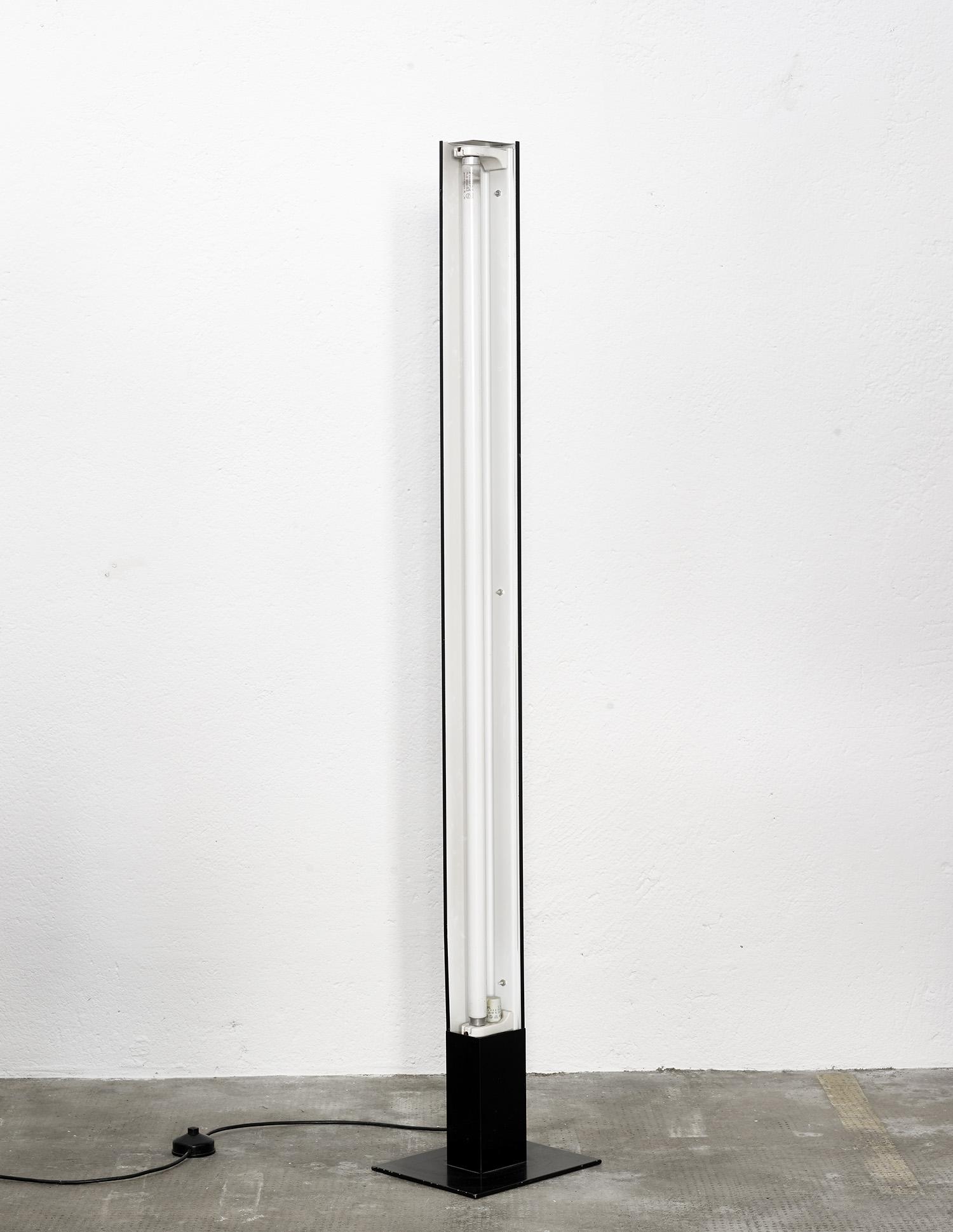 lampe-de-sol-bag-turgi-1960-image-01