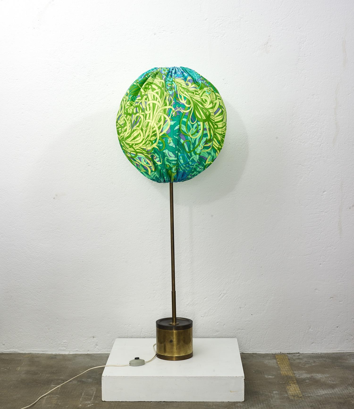 hans-agne-jakobsson-model-g123-balloon-floor-lamps-image-01