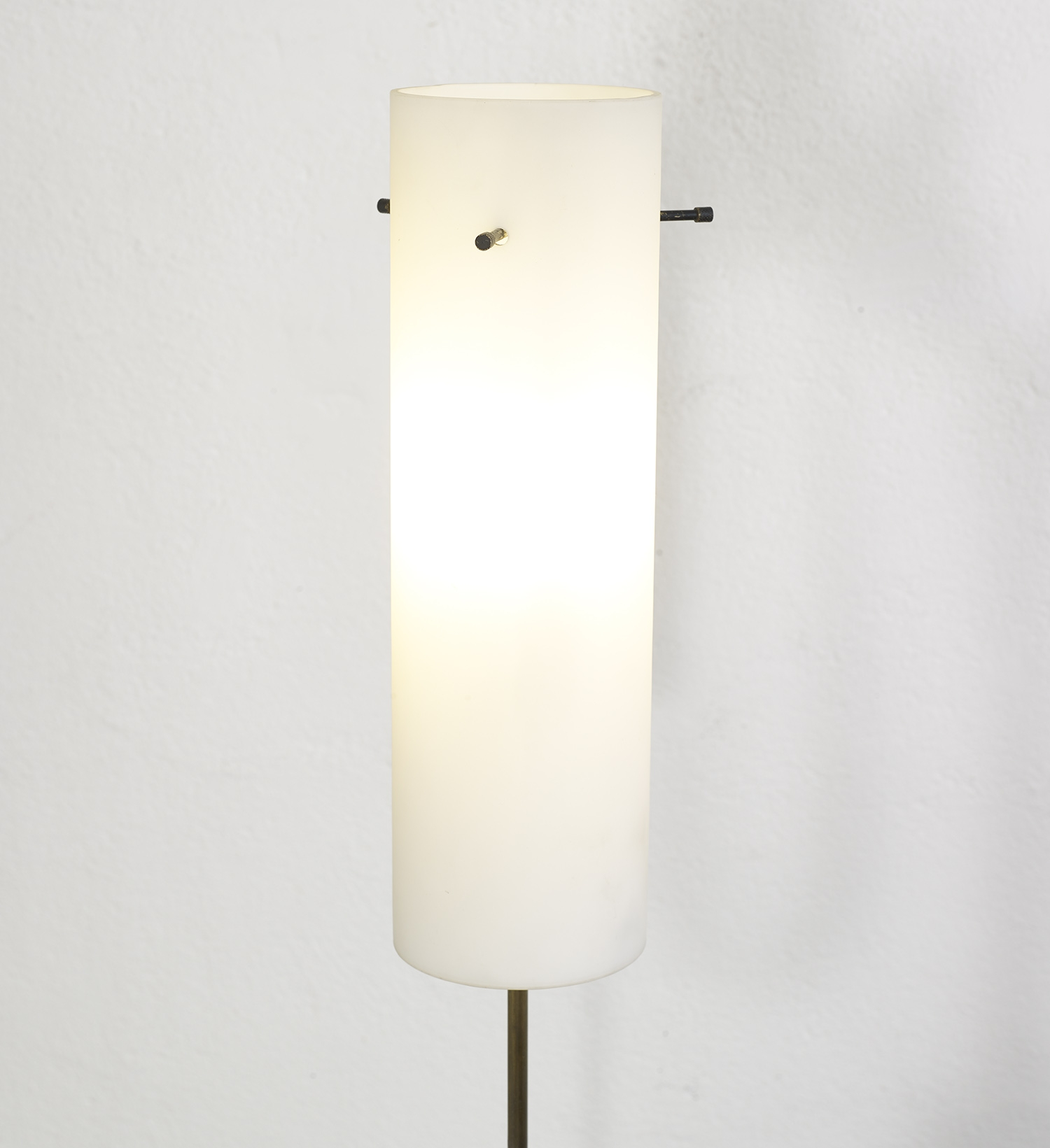 floor-lamp-italy-1960-image-02
