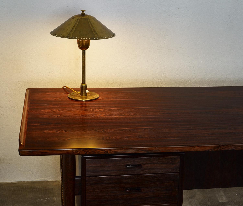 model-207-rosewood-desk-by-arne-vodder-sibast-dk-image-08