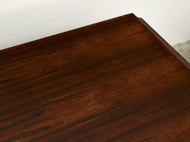 model-207-rosewood-desk-by-arne-vodder-sibast-dk-image-02