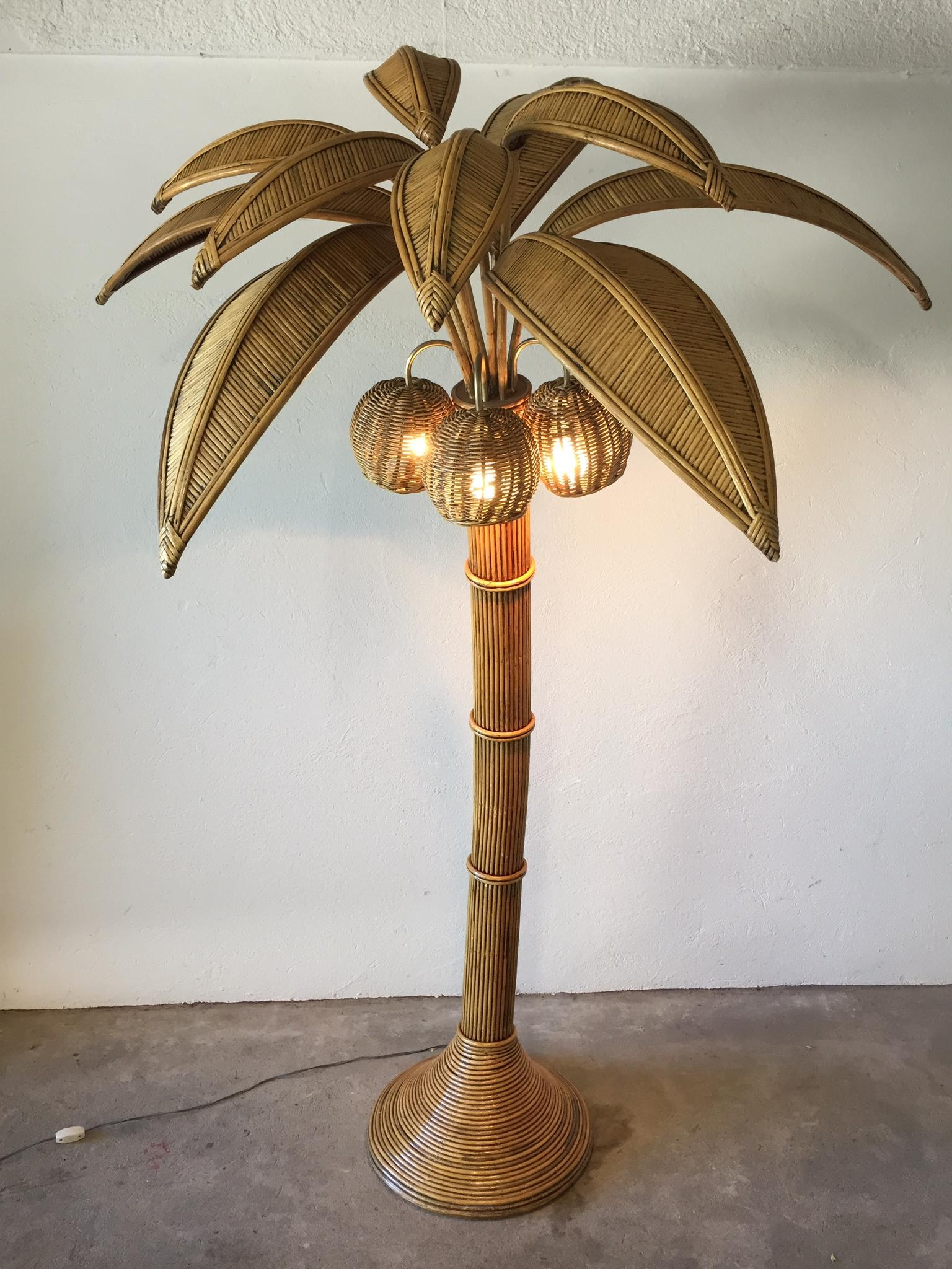 palm-tree-floor-lamp-by-mario-lopez-torres-1970-image-02