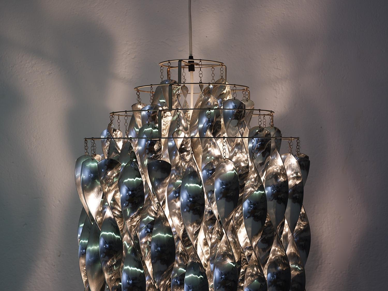 verner-panton-sp01-hanging-lamp-by-j-luber-ag-image-01