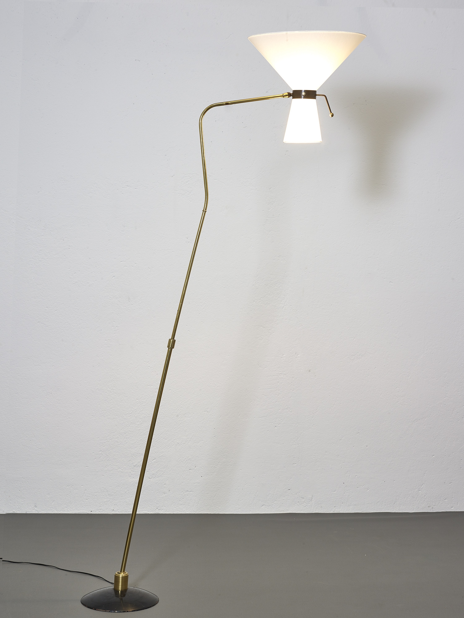 1950-floor-lamp-by-arlus-image-03