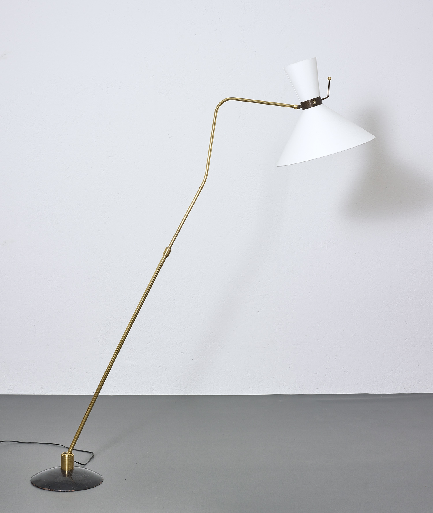 1950-floor-lamp-by-arlus-image-02