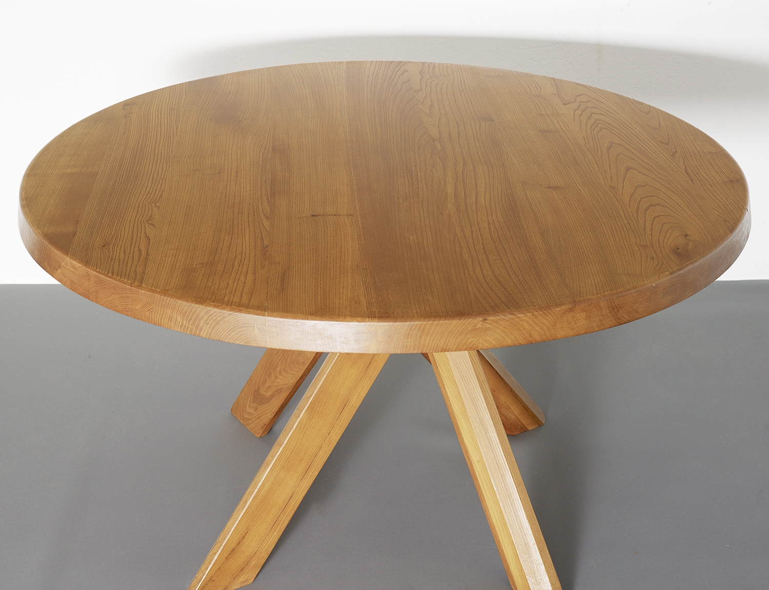 t21c-dining-table-by-pierre-chapo-image-02
