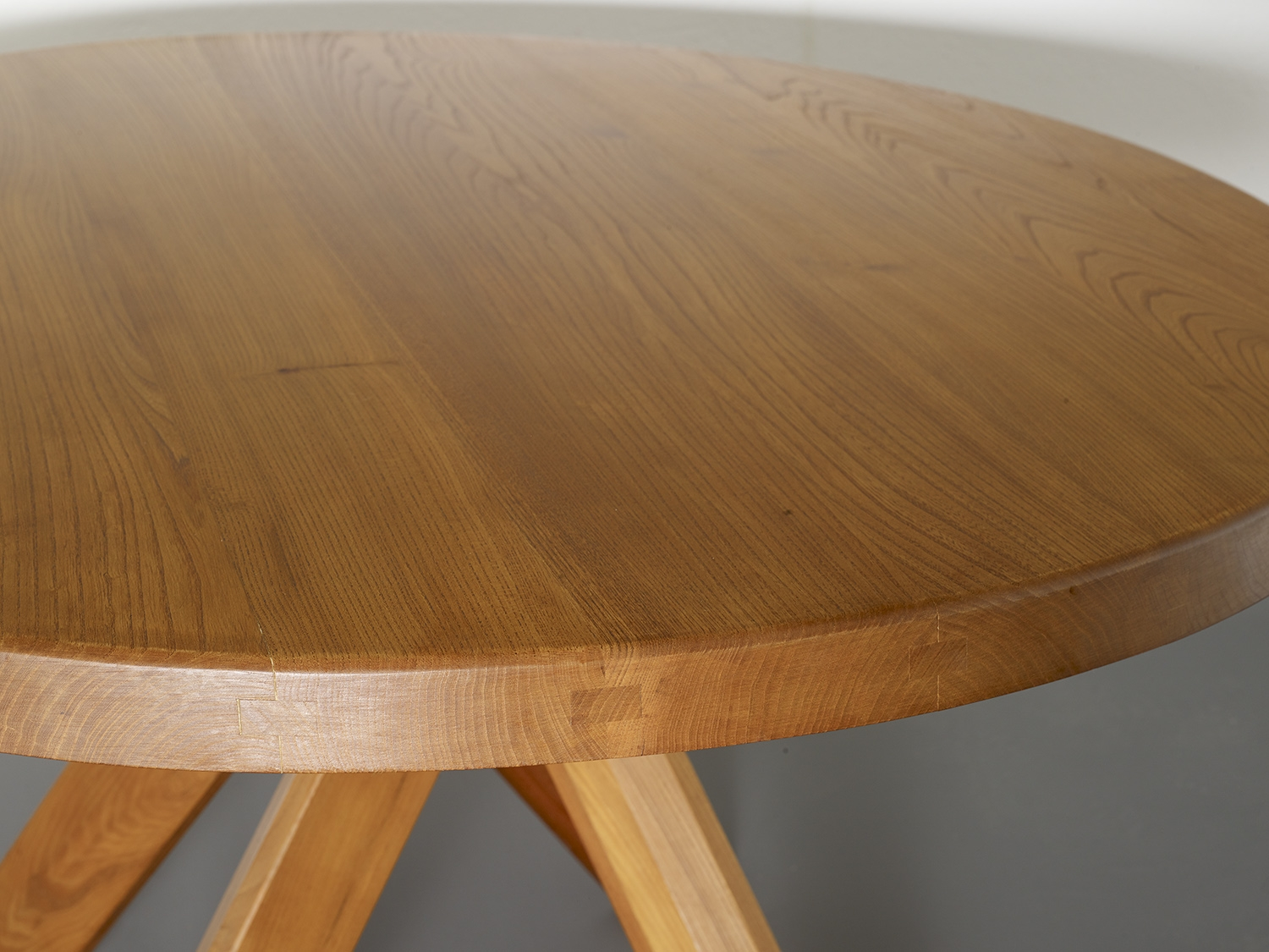 t21c-dining-table-by-pierre-chapo-image-03
